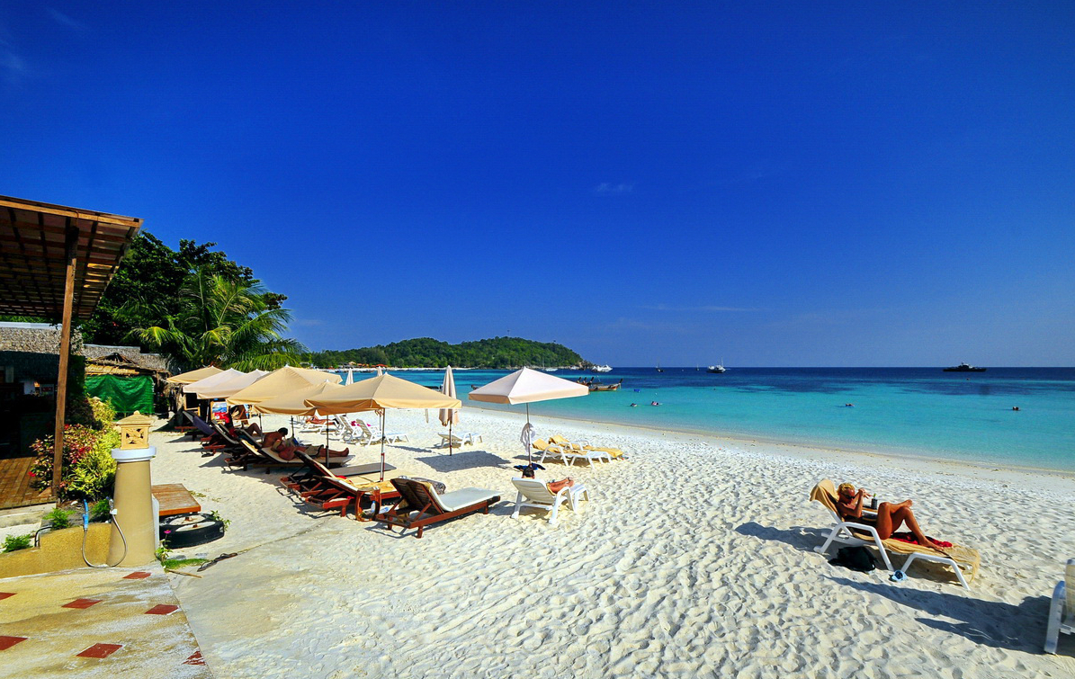 Phuket Airport Hotel | Official Site | Phuket Free Airport