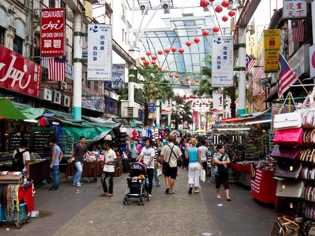 Petaling Street - Kuala Lumpur's Chinatown Eat and shop till you drop